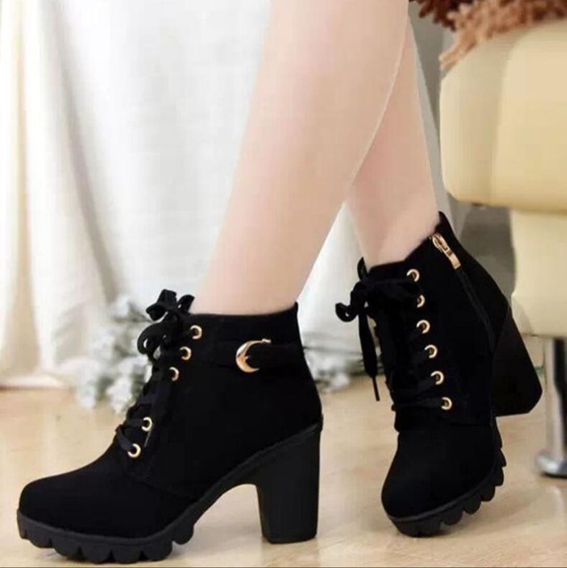 2019 Yeni Sonbahar Kış Kadın Çizmeler Yüksek Kaliteli Katı Dantel-up Avrupa Bayanlar ayakkabı PU Moda yüksek topuklu Çizmeler 35-43