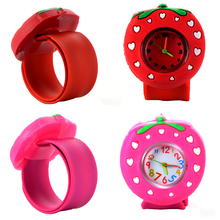 Childrens Slap Watch 3D Cartoon Strawberry Quartz Wristwatch Fashion Lovely Silicone Band Kids Cute Baby Clock Relogio