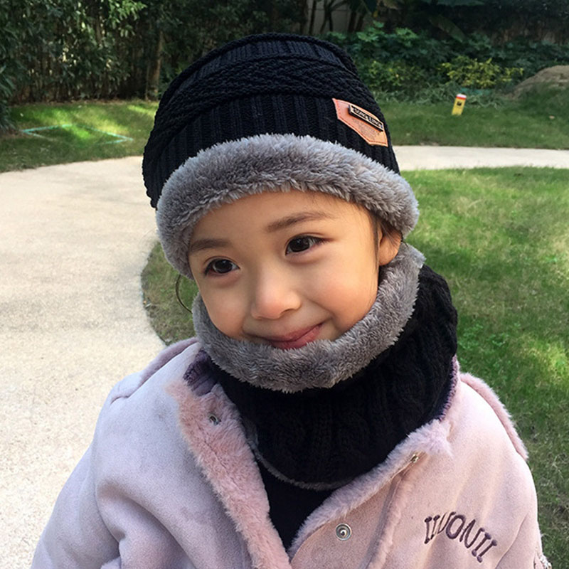 Warm Knitted Hat and Circle Scarf (7)