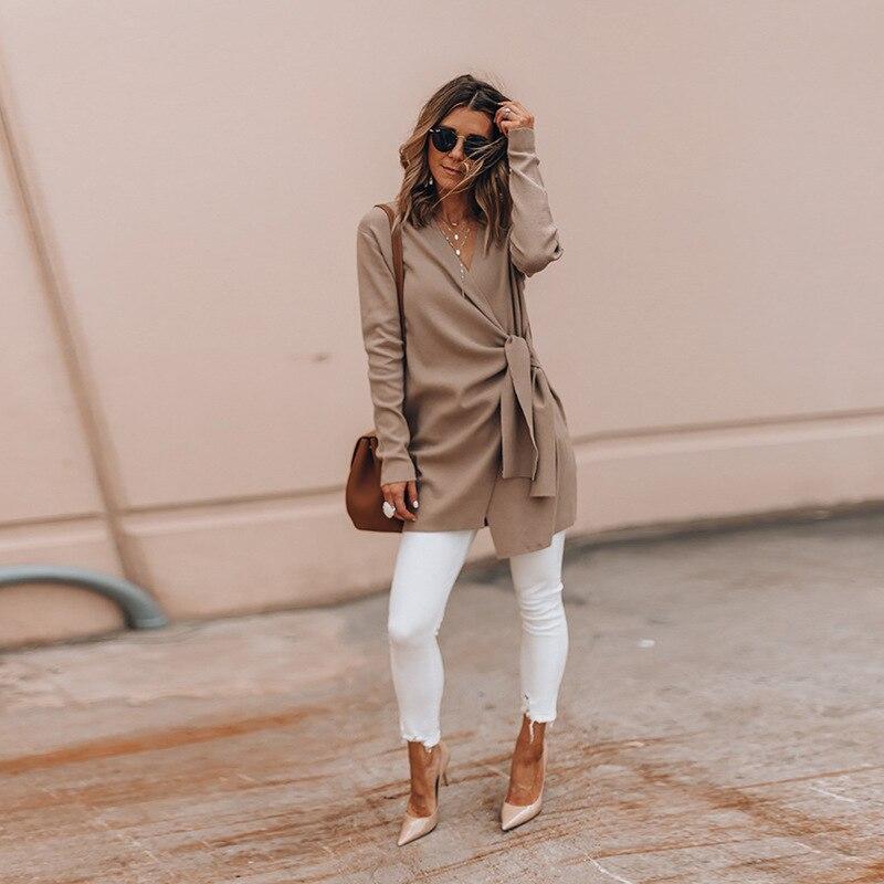 कुनंडी एक्सएनएएनएक्स शरद ऋतु शीतकालीन कोट महिलाएं नई फैशन वाइड लैपल बेल्ट वी नेक ओवरसइयर आउटवेअर मोंटेउ फेमेम हिवर सुरुचिपूर्ण ओवरकोट (एक्सएनएनएक्स)