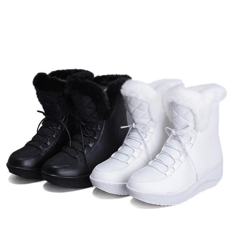 Épaisse Femme De Talon Plate Chaussures forme Bottes Coins Hiver Neige L'intérieur 2018 Nouvelle Fourrure Cheville À Russie Noir Femmes blanc AwOXZ0q