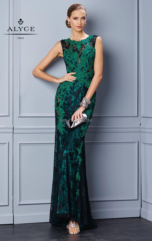 Vestido de renda preto e verde