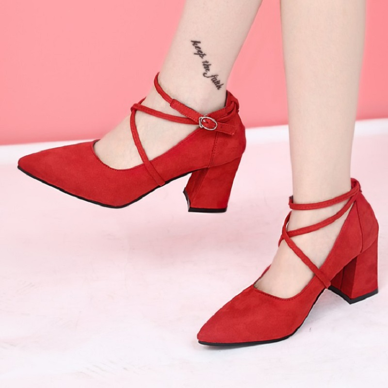 Womens shoes 2017 spring and autumn new womens shoes high-heeled head personality word buckle with individuality single shoes