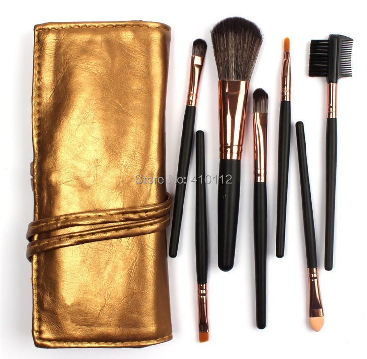 Alta Calidad 7 de Maquillaje Cepillo Conjunto Kit de Oro Liso de Cuero Bolsa de