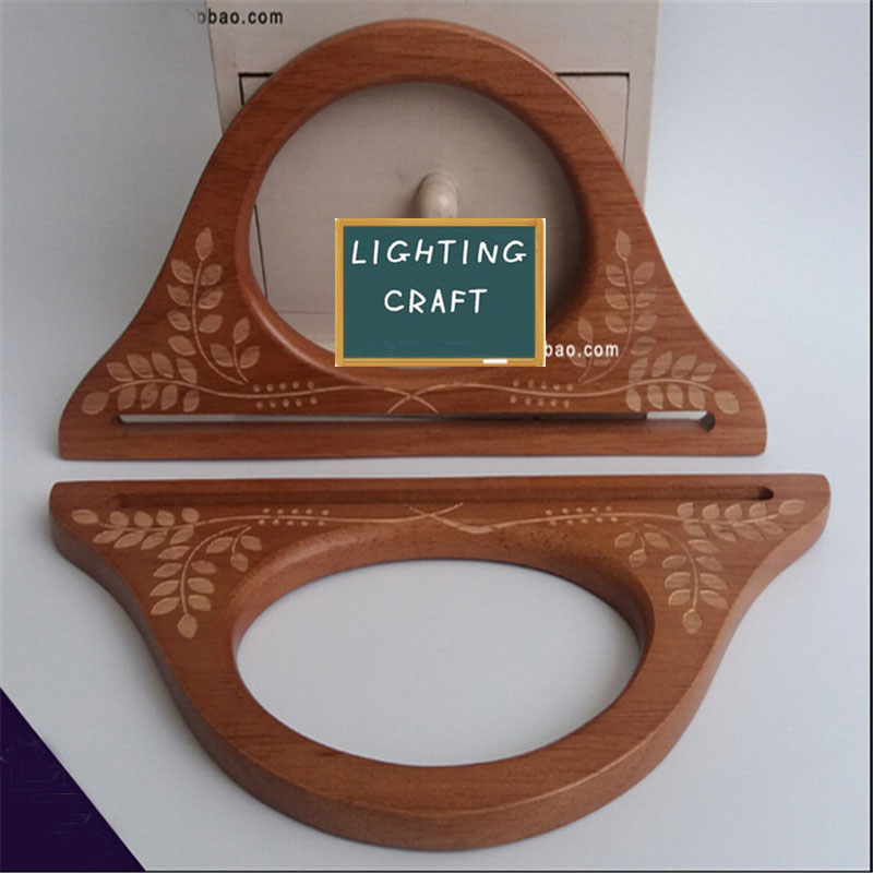 245 cm percha de madera forma sandaliade color caf tallado bolso de asas para