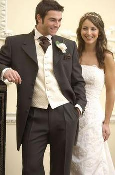 Popular Fashion groom suits handsome Brown Custom made men's wedding party suit ( jacket+Pant+vest+tie)