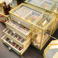 Jewelry storage box to pick up the hand jewelry storage box simple glass with flannel earrings earrings box finishing box frame