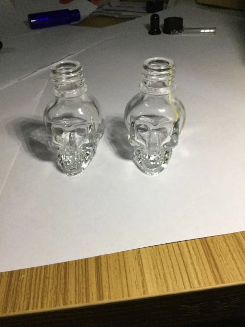 Skull Shape Glass Dropper Bottle (1pc)