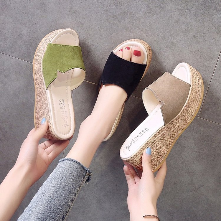 Female Summer 2019 Outside Leather Beach Slippers Clogs Platform Water Wedge Heel Cotton Fabric Heels Rubber Brief Toe Slides