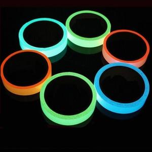 Image 1 - 5M 발광 빛나는 테이프 경고 줄무늬 어두운 비상 라인에 빛나는 비닐 벽 스티커 형광 빛나는 스트립 스티커 B