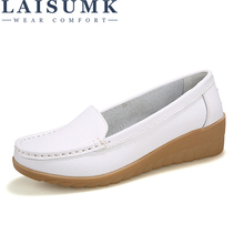 LAISUMK Hot 2019 Genuine Leather Shoes Women Flats Shoe Fashion Casual Slip On Soft Loafers Spring Autumn Female Driving Shoes 2018 hot women flats shoes women loafers ladies slip on flats 9 color genuine leather shoes driving casual women shoes plus size