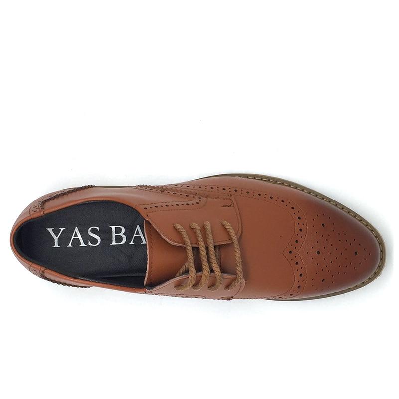 298b4ed6ec8 Chine designer marque chaussures hommes brogues pas cher italien britannique  Oxford mode européenne style décontracté marron chaussure hommes dans ...