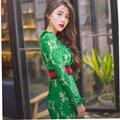 Плюс Размер Продажа Длиной До Колен Твердые Полные Женщины Dress 2017 Новая Весна дамы женская Кружева Dress От Имени Бесплатный Отдых В присоединиться