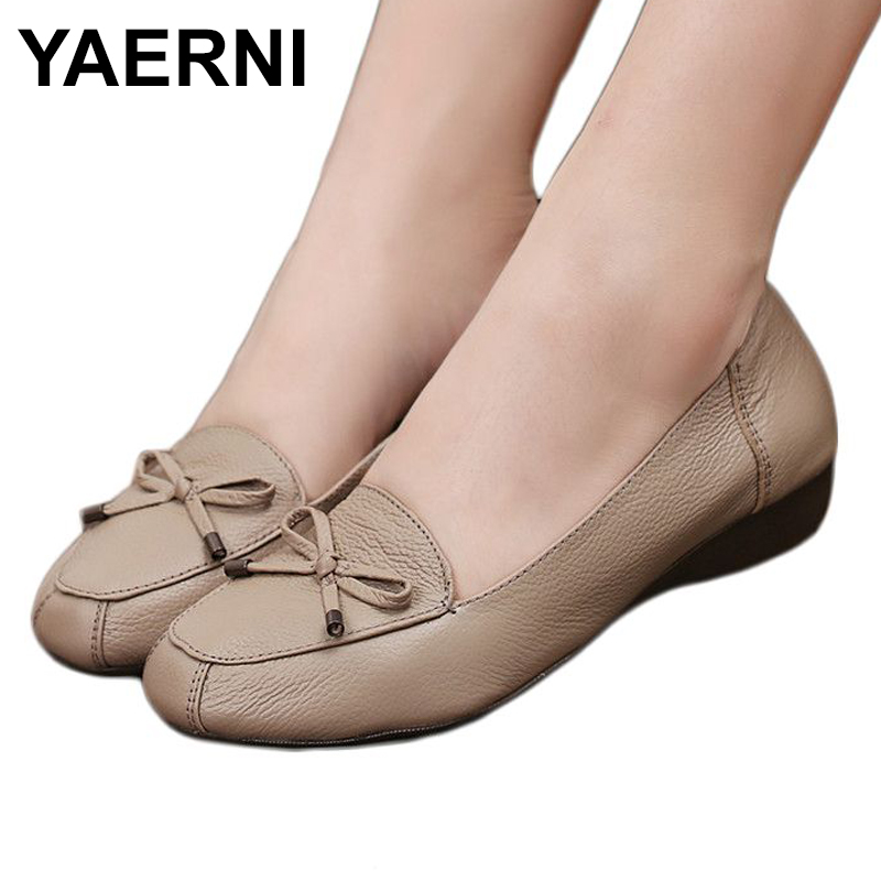 YAERNI Spring Mother fashion shoes leather Soft bottom comfortable flat shoes women large size shoes 35 40 41 Ladies shoes aiyuqi big size 41 42 43 women s comfortable shoes 2018 new spring leather shoes dress professional work mother shoes women page 4
