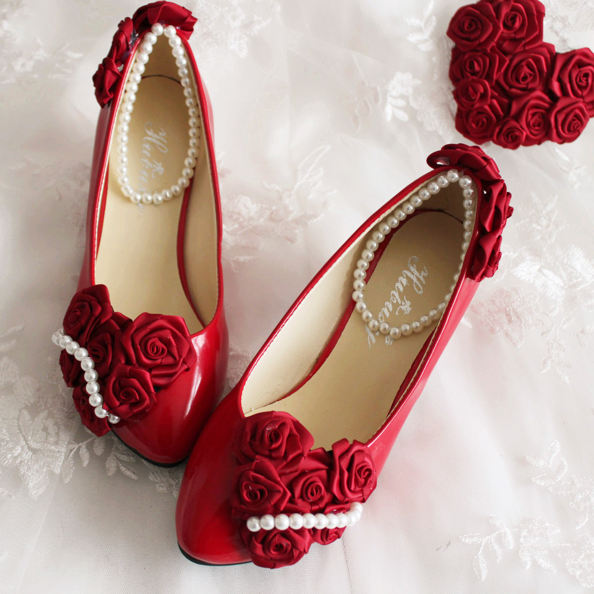 Aesthetic bride wedding shoes rose pearl wedding dress for Red dress shoes for wedding
