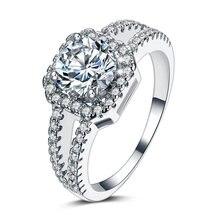 Женское блестящее кольцо из серебра 925 пробы с фианитом 4 карата