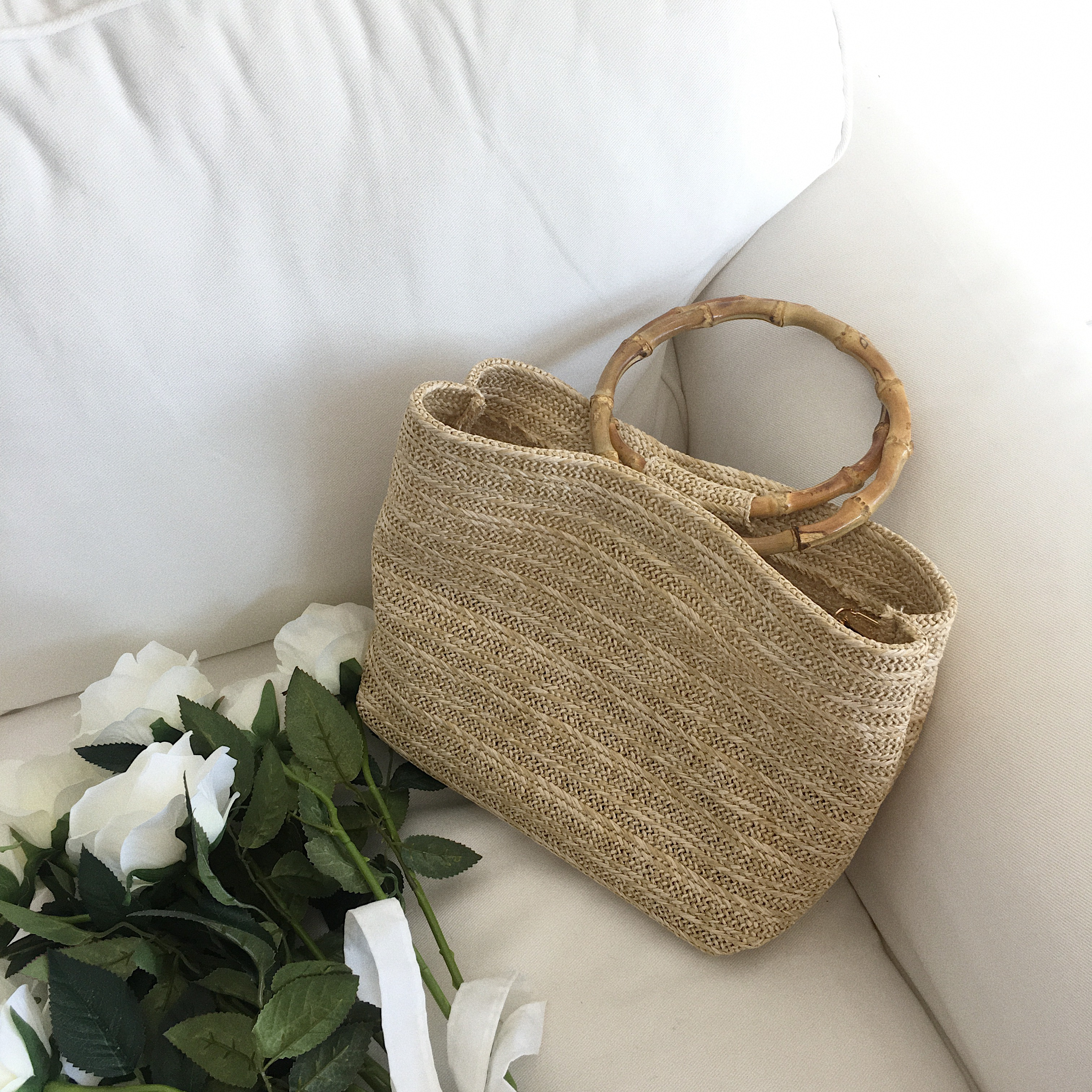 2018 Han Feng cool bamboo knot circular handbag package ins summer new style holiday wind grass weaving bag2018 Han Feng cool bamboo knot circular handbag package ins summer new style holiday wind grass weaving bag