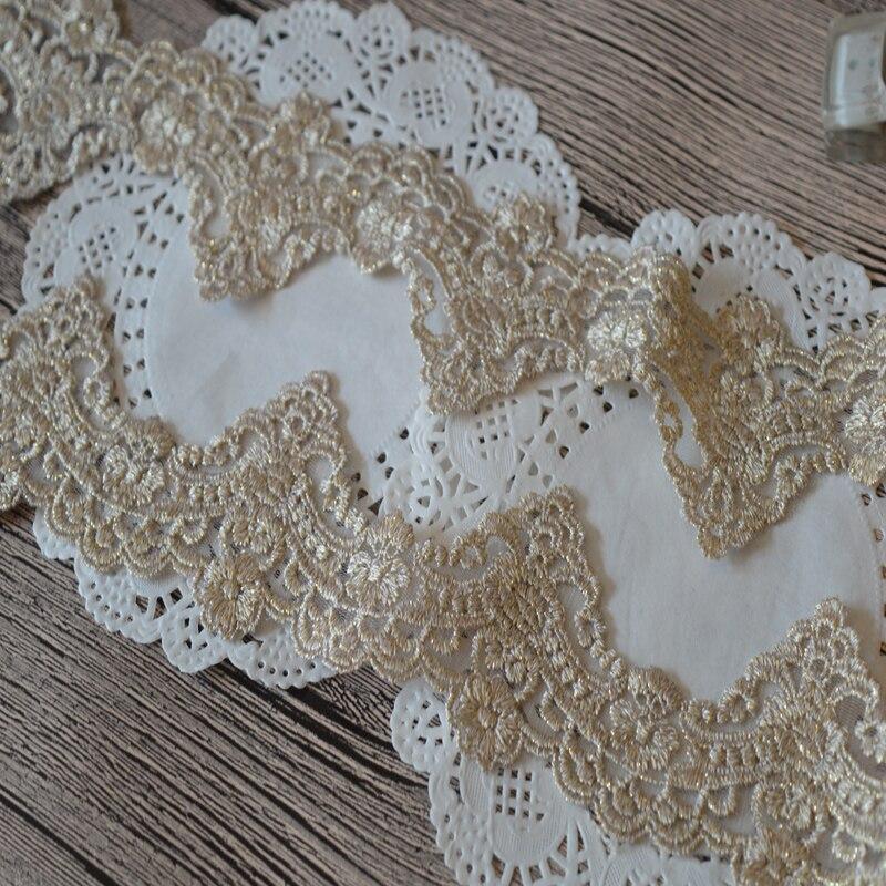 Bordado de laço para vestuário, 2 jardas/lote tecido de renda dourada 7.5cm de largura padrão laço bordado laço forma de amarração para vestuário e decoração de casamento 172203