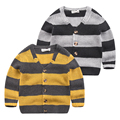 In the spring of 2017 New Boys Knitted cardigan sweater collar stripe color V small baby boy.