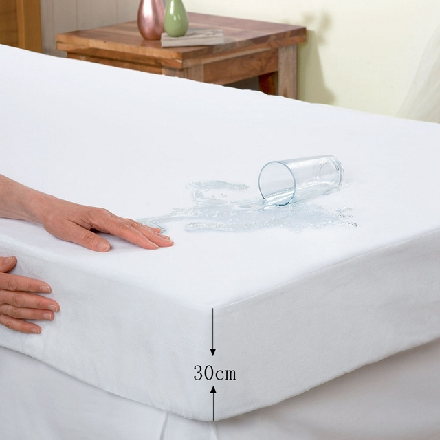 Bed Cover Smooth Waterproof Mattress Protector Luxury Terry Hypoallergenic Breathable Free Sheet