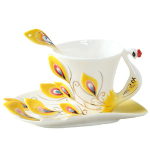 Image 5 - المينا أكواب القهوة أكواب شاي مع الصحن ملعقة مجموعات Procelain الإبداعية درينكوير عاشق هدية