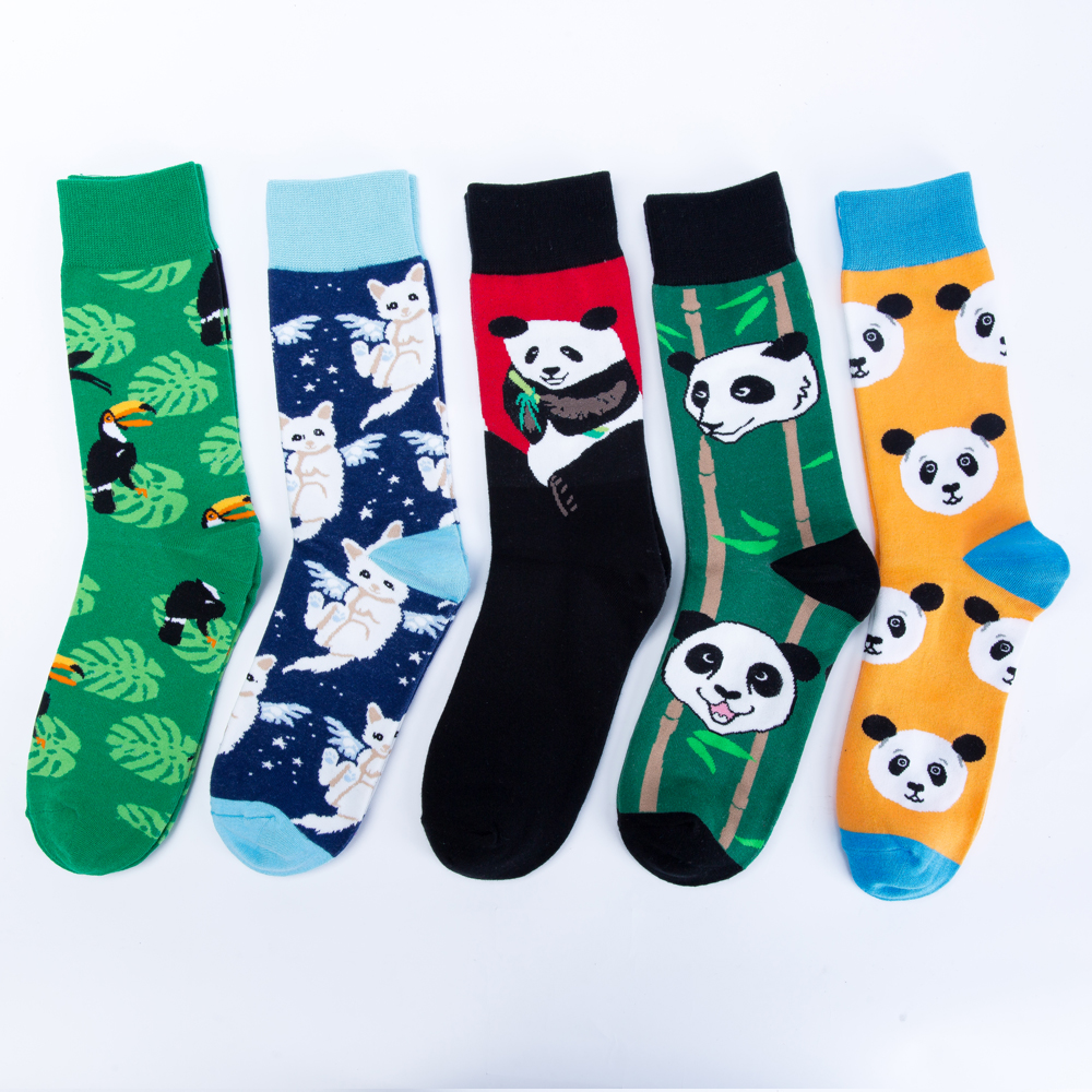 Jhouson 1 pair Mens Combed cotton Colorful Funny Socks Novelty Panda Pattern Casual Crew Street Wear Cool Skateboard