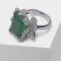 Local focal Green flower design fashion flash ring