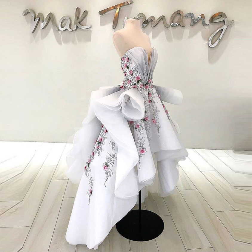 De Asymétrique Chic Blanc Hippie Mode Commande Soirée Nouveautés 2019 Appliques Accrocheur Volants Formelle Bal Style Robes Faite Robe Sur t10tw