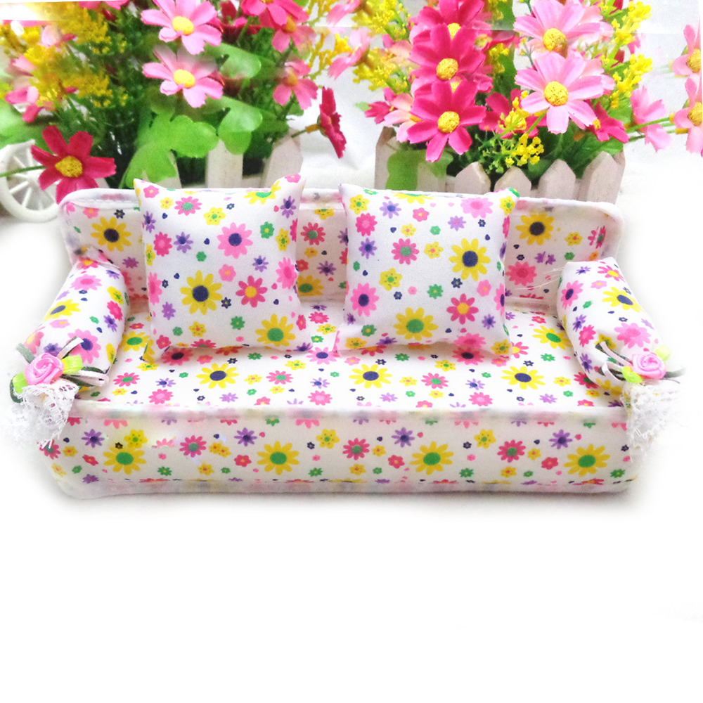 Us 1 94 50 Off Kawaii Cute Mini Miniature Furniture Flower Sofa Print Couch With 2 Cushions House Accessories For Barbie Doll Toy Child Gifts On