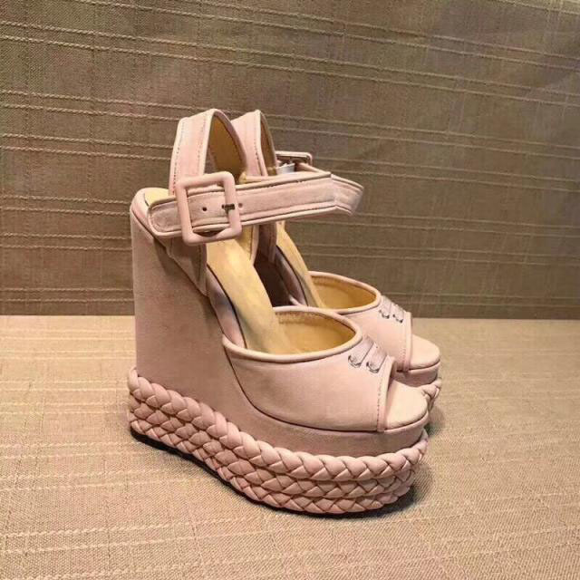 Новые розовые замшевые Платформа Клин сандалии летние пикантные туфли с открытым носком Туфли с ремешком и пряжкой кожаная обувь 2018 женски
