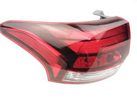 Rear Light Tail Light Assembly For Mitsubishi 2016 2017 OUTLANDER Tail Light Outlander Tail Lamp Back