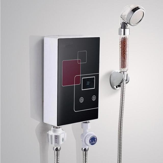 acquista 6000 w di induzione elettrica scaldabagno rubinetto doccia per bagno. Black Bedroom Furniture Sets. Home Design Ideas