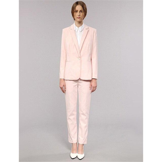 Traje de chaqueta rosa