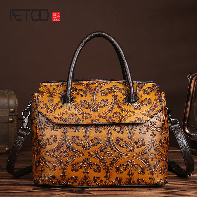 AETOO brand New first layer of leather fashion handmade wipe women retro handbag retro shoulder bag leisure handbags aetoo spring and summer new leather handmade handmade first layer of planted tanned leather retro bag backpack bag