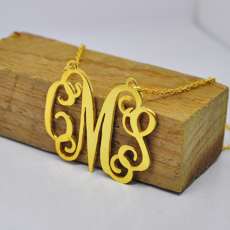 Whole Personalized Monogram Necklace Gold Nameplate Pendent Design Custom Silver Initial Jewelry Christmas Gift Collar In Pendant Necklaces From