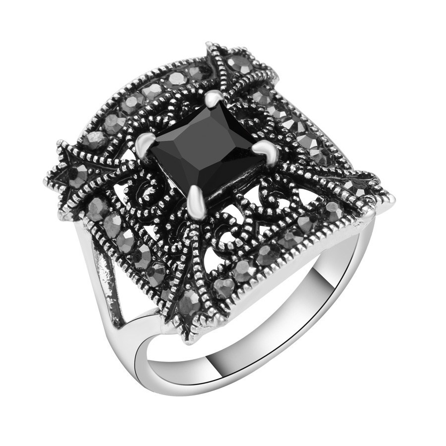2017 Unique Vintage Black Square Resin Rings For Women Antique Silver Color  Rhinestone Wedding Band Girls Jewelry