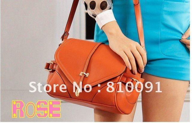 Free shipping~The spring of 2012 England retro package / fashion arrow handbag / Shoulder Messenger Bag