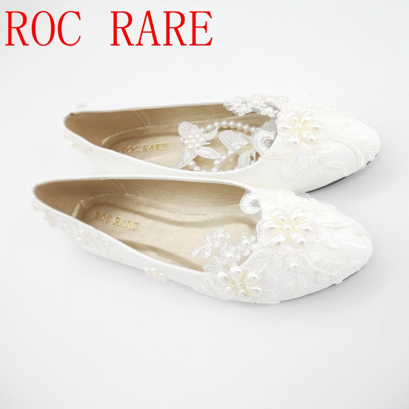 Plus Size 34-44 White Lace Flowers Pearls Rhinestones Women Wedding Shoes Flat Heel Women Party Shoes Handmade Shoes women wedding shoes flat heel round toes plus size bride shoes lady female sweet lace pearls proms dress evening party shoes