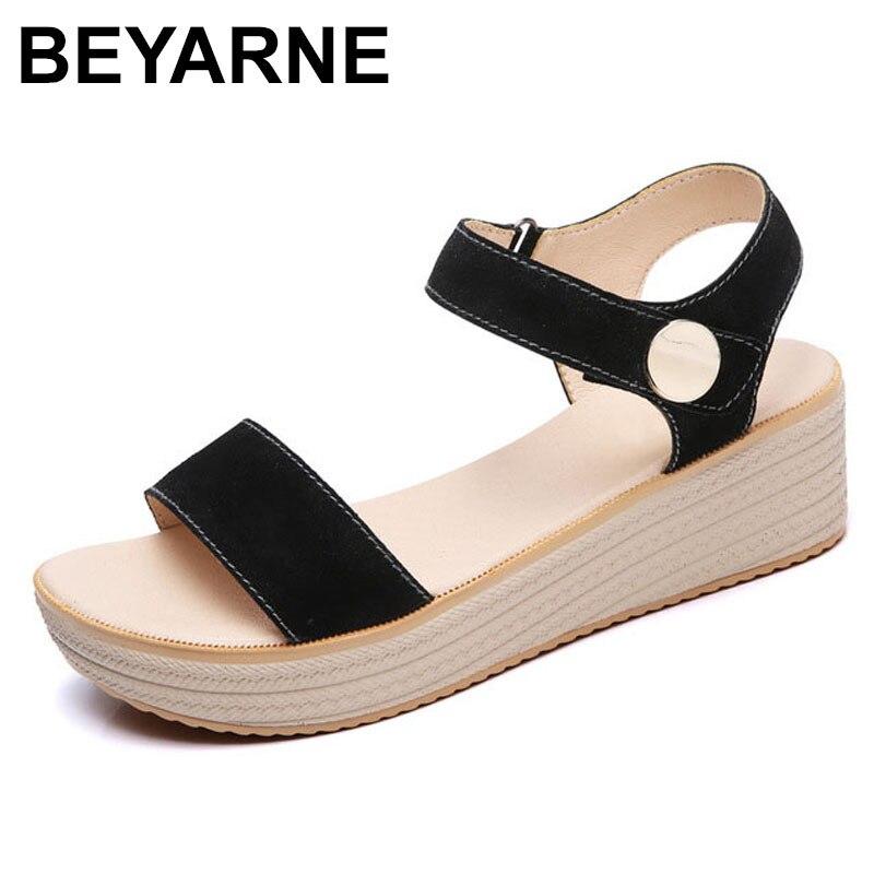 BEYARNE 2018 frauen plattform sandalen wildleder leder flache sandalen  Niedrigen Keile Sommer Sandalen weiblich damen gladiator sandalen 105d594109