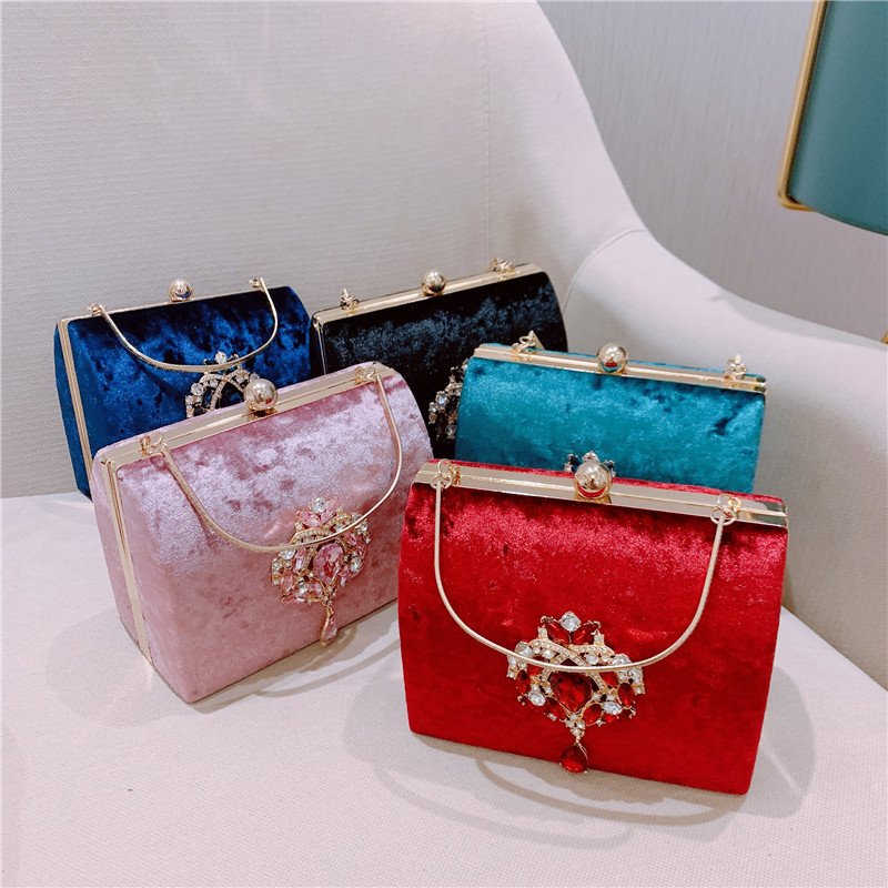 Meloke New Luxury Design Boxed Evening Bag Velvet Retro Square Handbag Female Diamond Clutch Bag Gold Wedding Party Purse MN2019