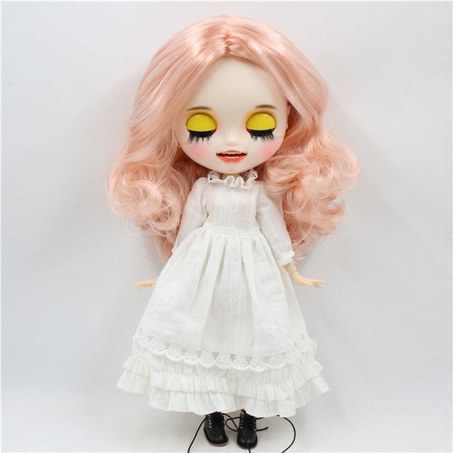 Julia – Premium Custom Blythe Doll with Smiling Face 1