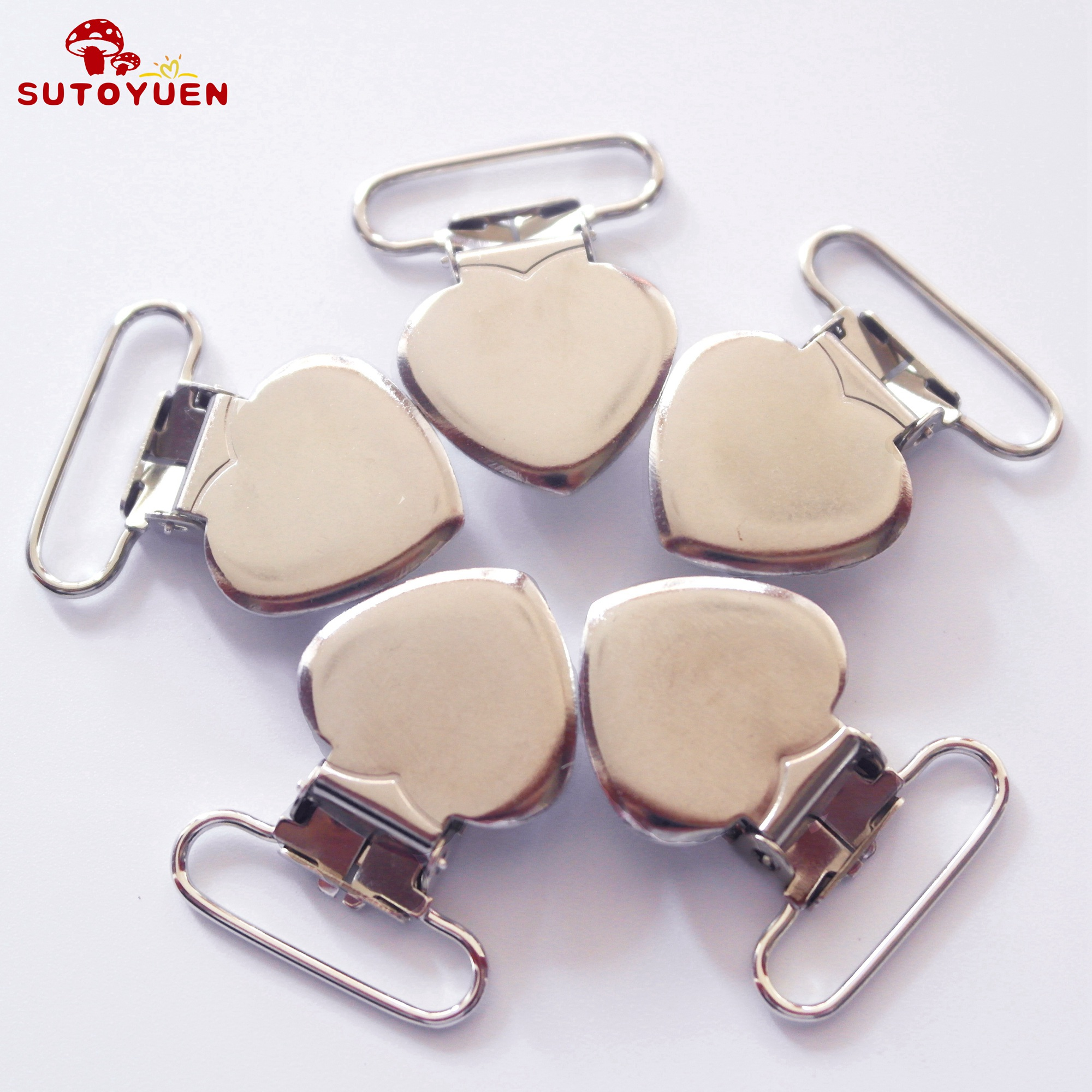 Free Shipping 100 pcs 1'' 25mm Silver Colored Heart Shaped Baby Pacifier Clips MAN  Dummy Clip Suspender Clip Rack Plating-in Pacifier from Mother & Kids    3