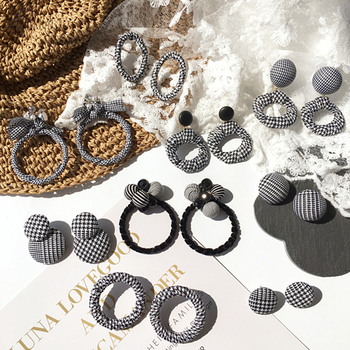 Elegant Black and White Round Big Circle Earrings