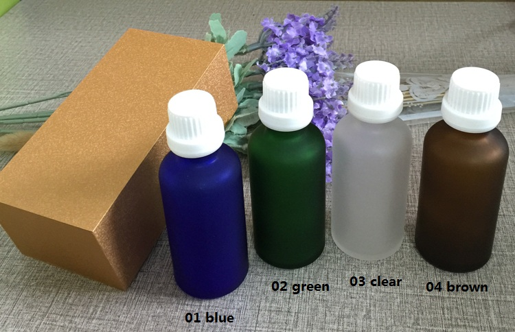 4pcs 50ml High-grade frosted essential oil bottle with wooden box packing white cap glass bottle,lotion cosmetics powder jar cosmetics 50g bottle chinese herb ligusticum chuanxiong extract essential base oil organic cold pressed