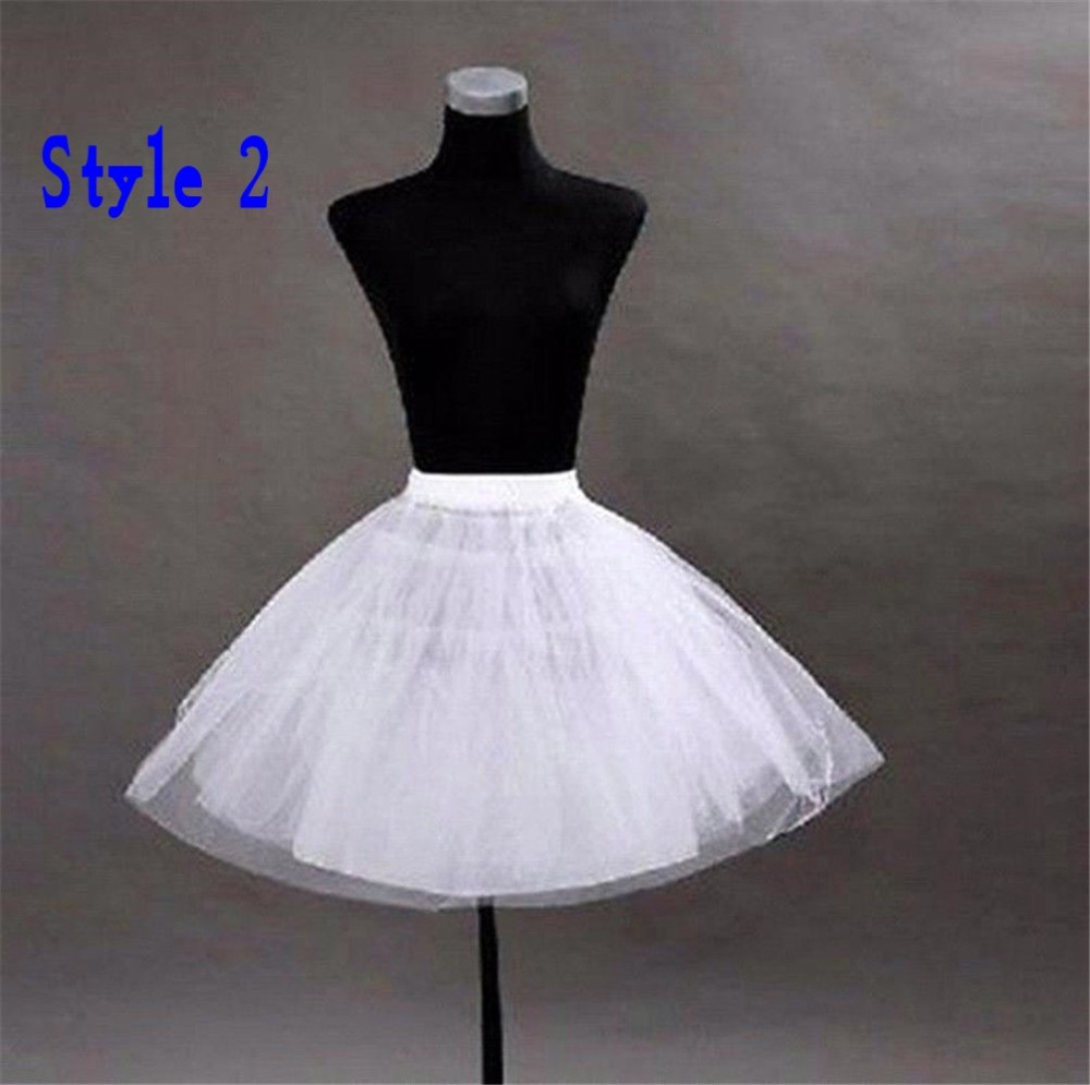 Купить с кэшбэком Rockabilly Wedding Bridal Petticoat Crinoline Short Tulle Skirt Underskirt Jupon Mariage sottogonna Wedding Accessories