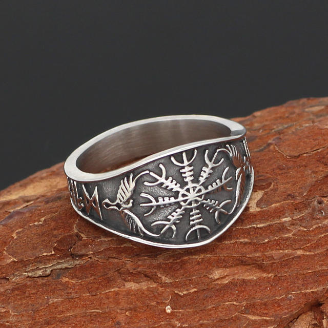 VEGVISIR RUNIC STAINLESS STEEL RING
