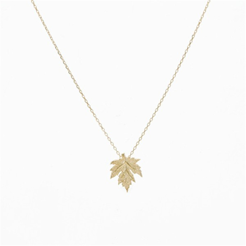 Leaf necklace in Gold and Silver Dainty Handmade Necklace Jewelry Accessories Canada Maple Leaf Necklace Pendant necklace