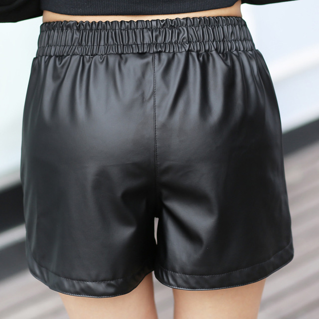 2017 New PU Leather Shorts Women's Black High Quality Short Pants With Pockets Loose Casual Short Summer Women  Plus Size Shorts 6