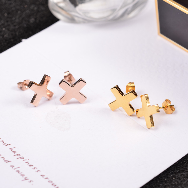 YUN RUO Medicinsk rostfritt stål smycken Rose Guldfärg Succinct Cross Stud Earrings for Woman Man High Polish Smooth Earring