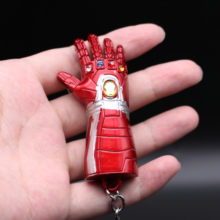 Hot New Superhero Movie Marvel The Avengers Iron Man Key Chain Cosplay Badge Infinity Gauntlet Model Metal Key Ring Christmas(China)